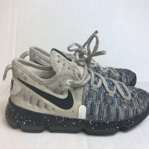 sneakers for cheap 46117 6c3dc switzerland nike kd sneakers kids size 1 youth gray white ad39a 9e2dd